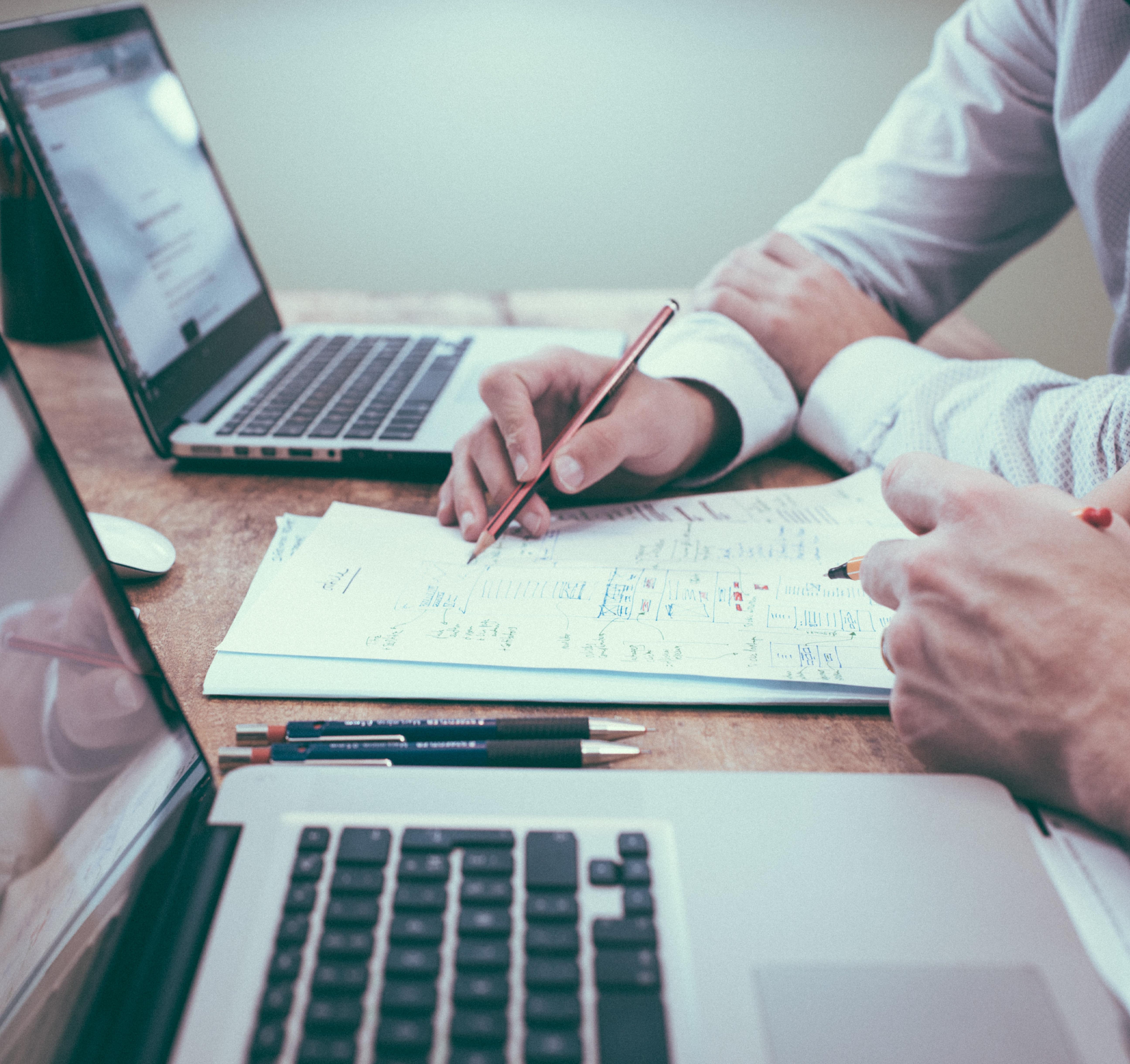 תכנית Follow Up - לתמיכה ומעקב ליישום יעדים עסקיים